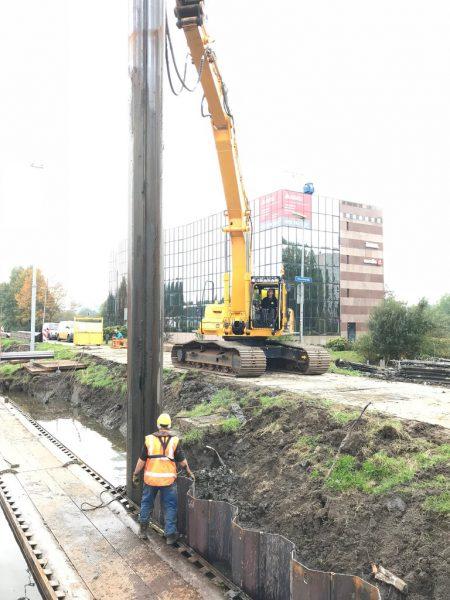 Nieuwe damwand Noord-Willemskanaal